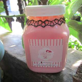 Hair Creambath Stroberi/Strawberry Laklara