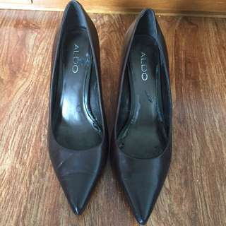 aldo chocolate brown 2 inches high heels