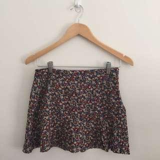 Feminine Floral Mini Skirt