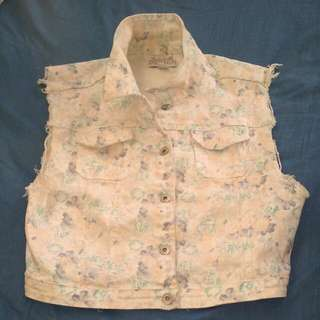 Cotton On floral waistcoat