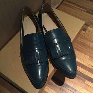 時尚流蘇尖頭鞋