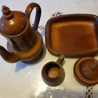 Tea Set 4 Piece Stoneware