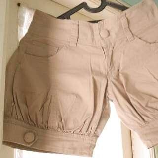 Hotpants Cream