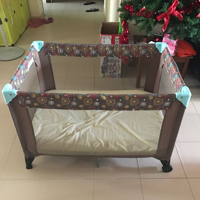 baby cot with matress