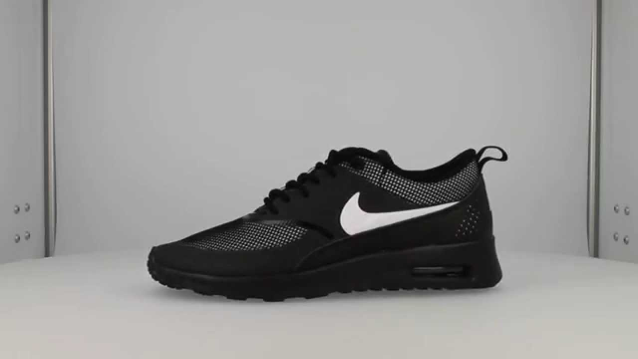 Black Nike Theas