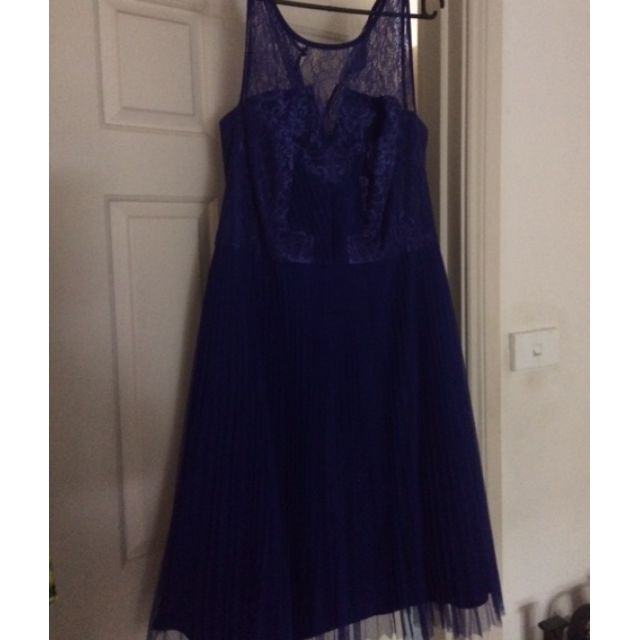 City Chic Size 16/S Royal Blue Lace Pleated Dress