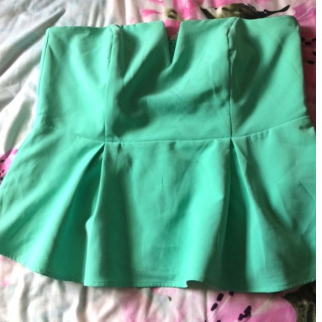 City Chic Size S Green Strapless Peplum Top