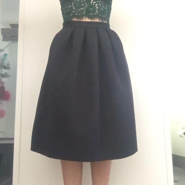 Country Road Black Skirt