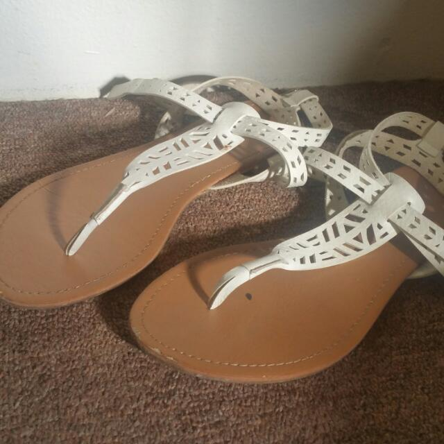Forever 21 Sandals Size 8