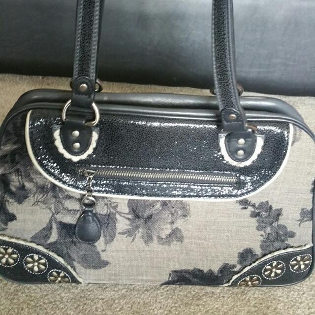Limited Edition Spencer And Rutherfors Shoulder Bag