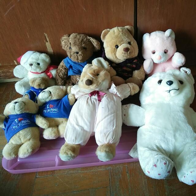very old teddy bears
