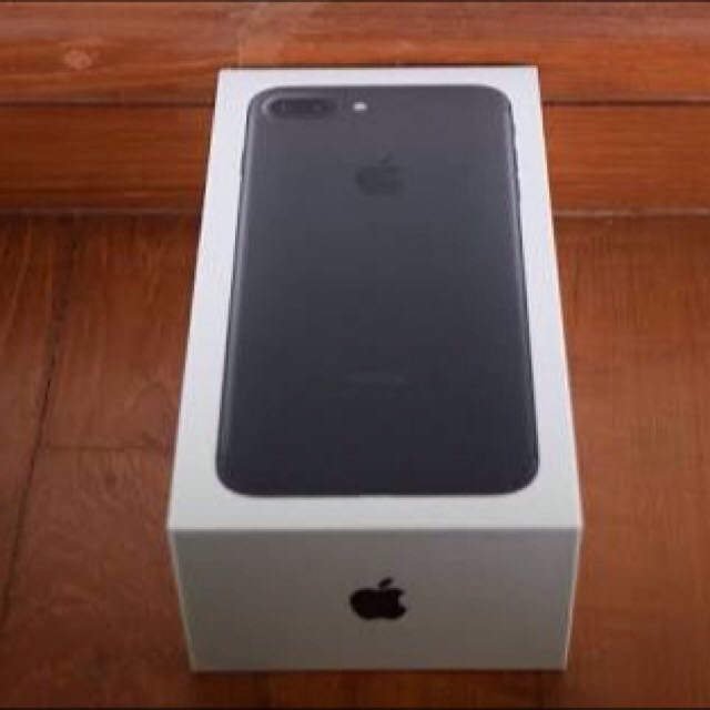 Unopened Black 32gb iPhone 7 Plus