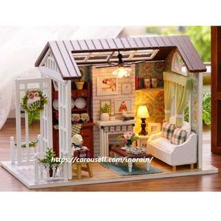 DIY Miniture Dollhouse Kit American Retro Style Happy Times + Dust Cover + Musical (Doll House) / Modeling Kit