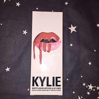Kylie Cosmetics: Pumpkin Lip Kit