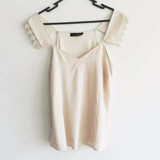 Ladakh Size 6 Cream Top with Lace Sleeve Detailing