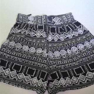 Aztec Garterized Shorts