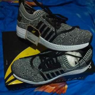 Homypro sepatu size 39