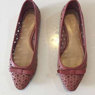 Charles & Keith Pink Flat shoes