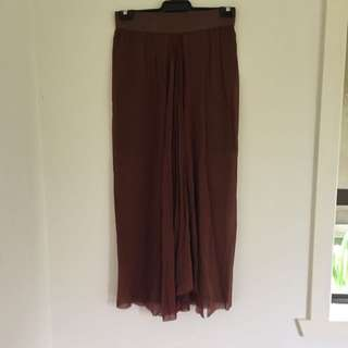 Scanlan Theodore Sheer Skirt With Underlay ML