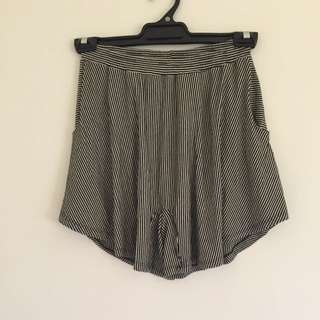 TV Culotte Shorts Size 8