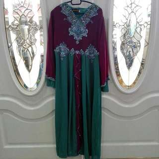 Jubah With Beads [Include Postage]