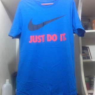Auth Nike Tee Royal blue color
