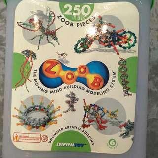 ZOOB 250 Pieces