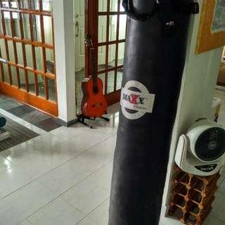 Punching Bag N Gloves(Price Reduced)