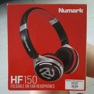 *Price Reduce* Numark HF150 Foldable On-Ear Headphones