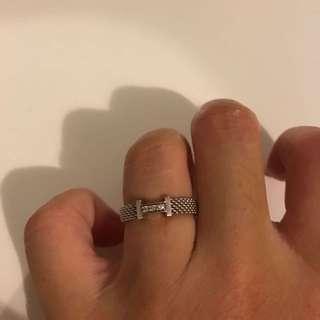 Tiffany Mesh Ring With 3 Diamonds