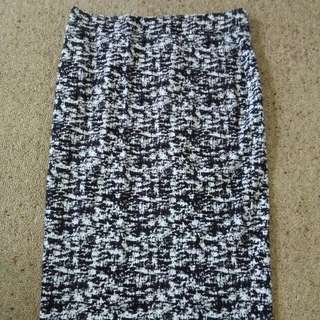 Black And White Print Fitted Skirt