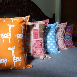 Bantal Sofa-katun