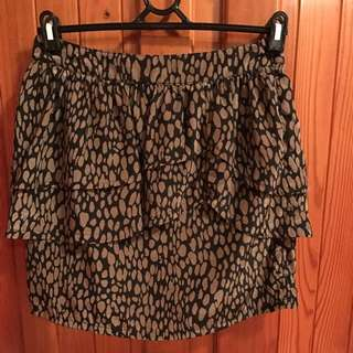 Size 10 Sheike Skirt