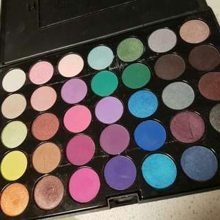 Crown Make Up Palettes