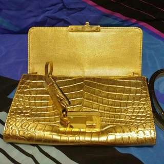 Michael Kors Metallic Croc Embossed Gia Clutch With Lock(repriced)