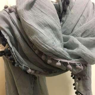 《日貨》柔軟圓點絲巾
