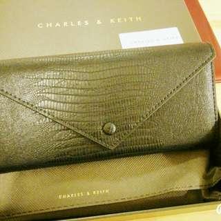 CHARLES & KEITH 長夾