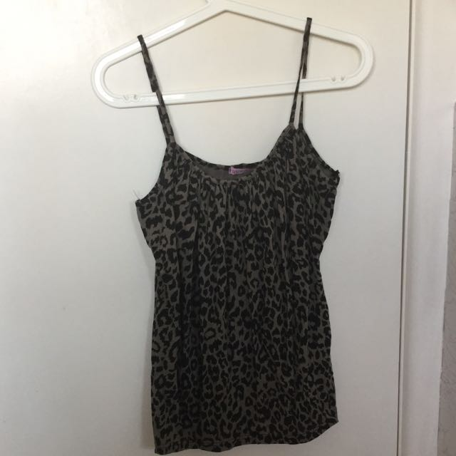 2x Size M Ladies Summer Tops