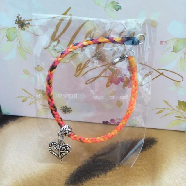 香橙色愛心墜飾 * 編織手鍊 💓
