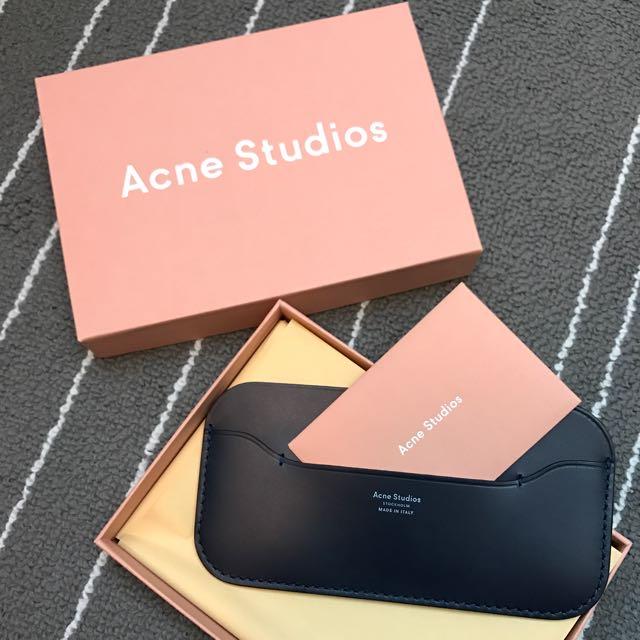 Acne Studio 手機套