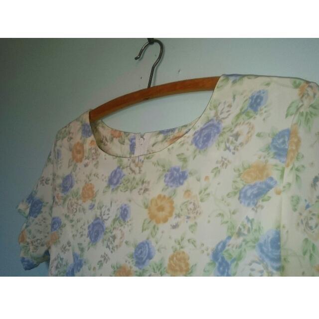 Adorable Vintage Floral Summer Dress