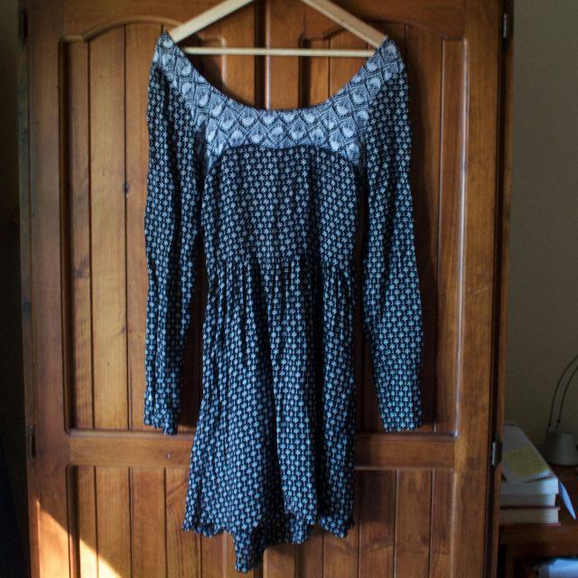 BILLABONG long sleeve dress