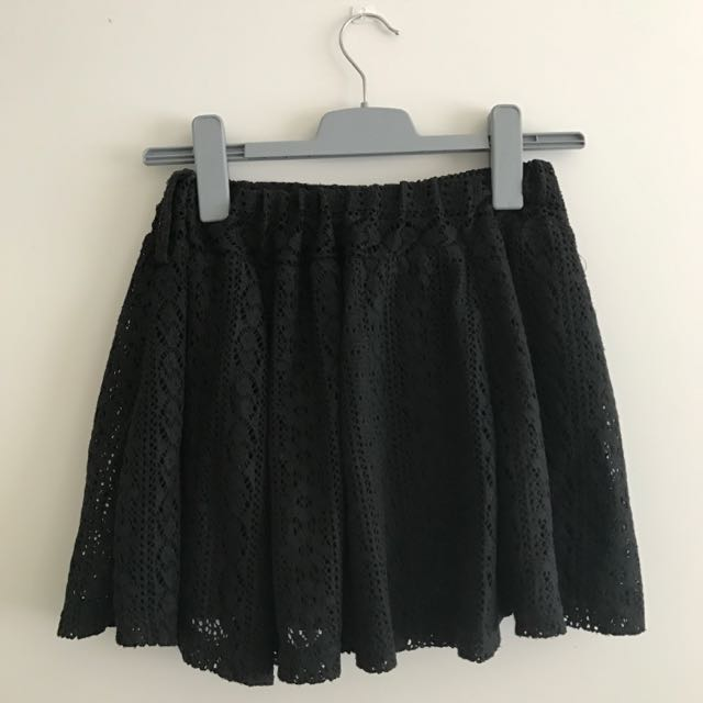 Black cutie lace skirt