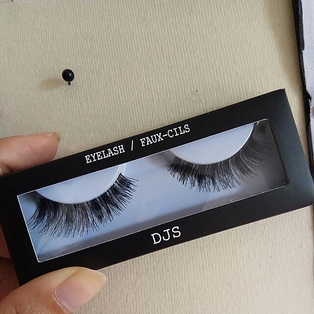 DJS Fake Eyelashes