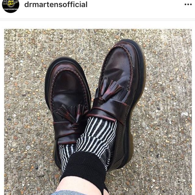 Dr.martens經典流蘇樂福鞋(酒紅)26號
