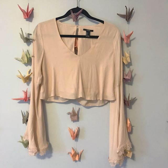 Forever 21 Flare Sleeve Crop Top