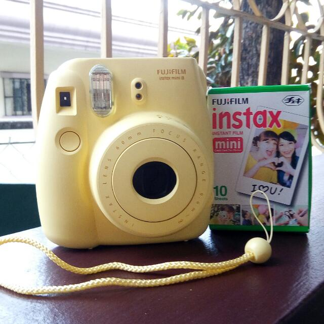 Instax Mini 8 + Free Film