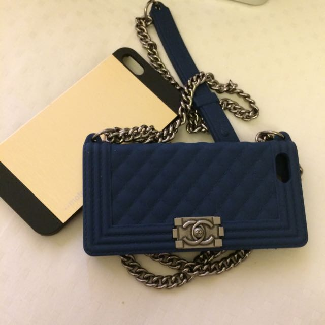 iPhone 5s Casing Chanel And Metal Gold