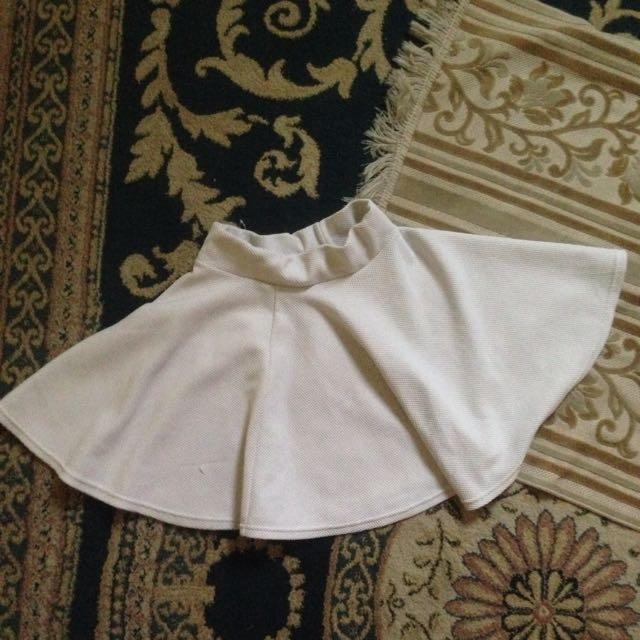 Magnolia White Short Skirt