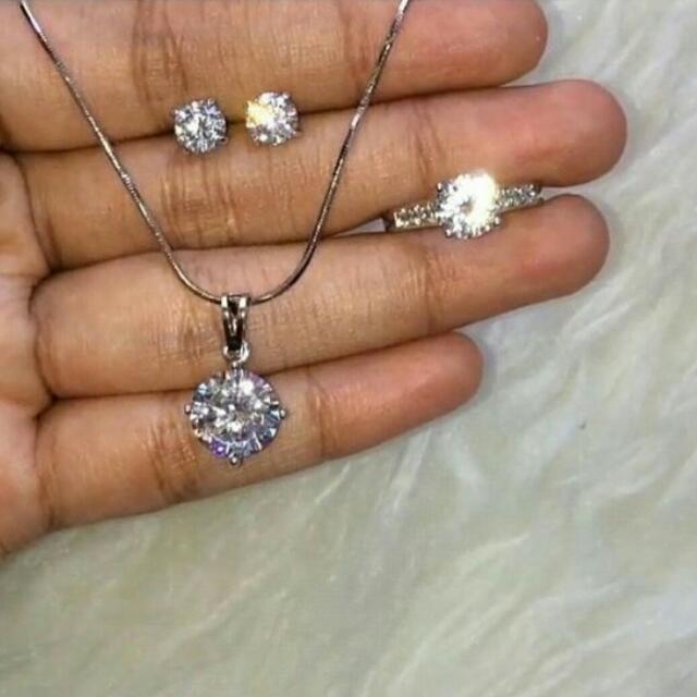 Micro Diamond Set ( Kalung, Cincin, Anting )